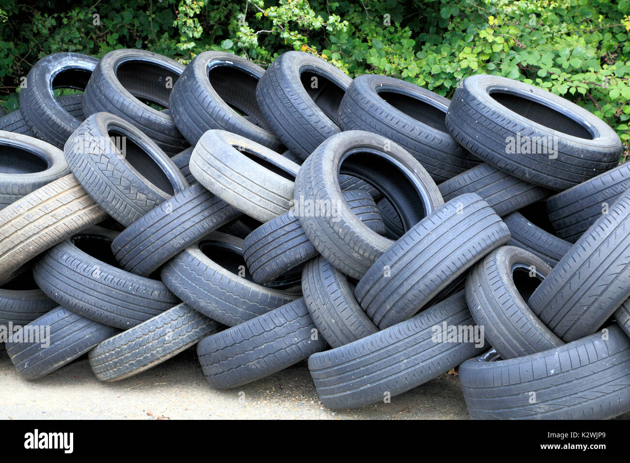 worn out, old, motor car tyres, for recycling, recycle, rubbertyre, Engfland, UK - Stock Image