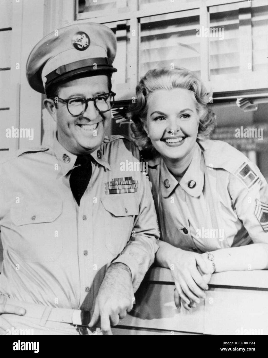THE PHIL SILVERS SHOW aka SGT BILKO PHIL SILVERS AND ELISABETH FRASER - Stock Image