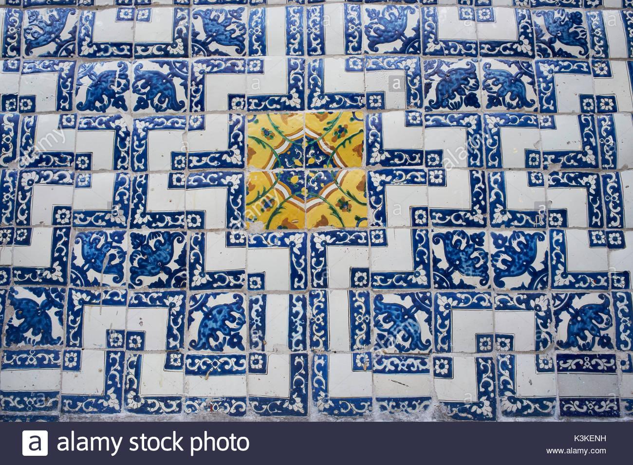 Casa de los azulejos mexico city stock photos casa de - Azulejos del valle ...