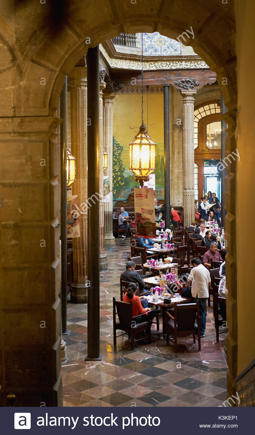 Mexico city people stock photos mexico city people stock for Restaurant los azulejos df