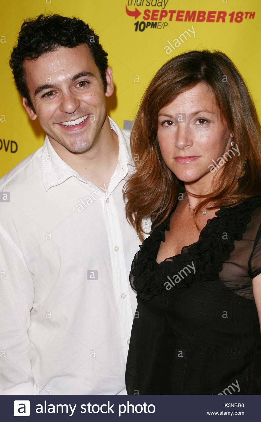 fred savage and jennifer lynn stone it 39 s always sunny in stock photo 157207540 alamy. Black Bedroom Furniture Sets. Home Design Ideas