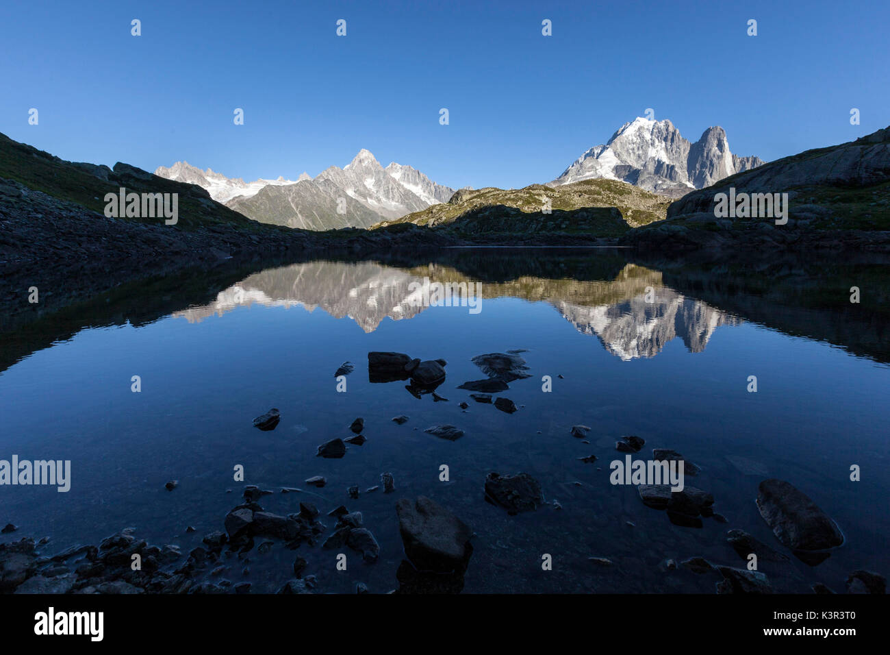 Lac de cheserys stock photos lac de cheserys stock for Haute savoie