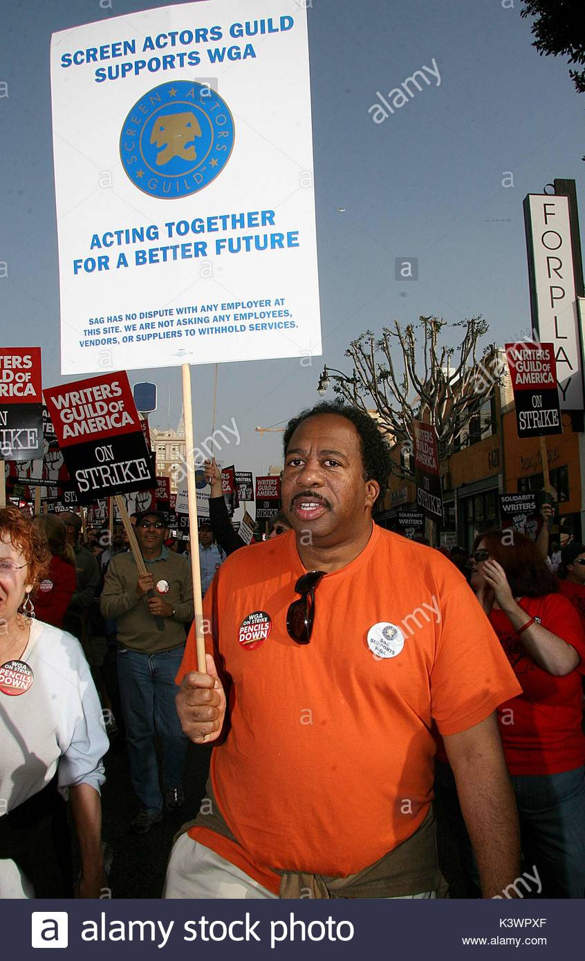 Leslie David Baker from The Office. Celebs including Debra Messing, Jenna Elfman, and Sandra Oh come out to the - Stock Image