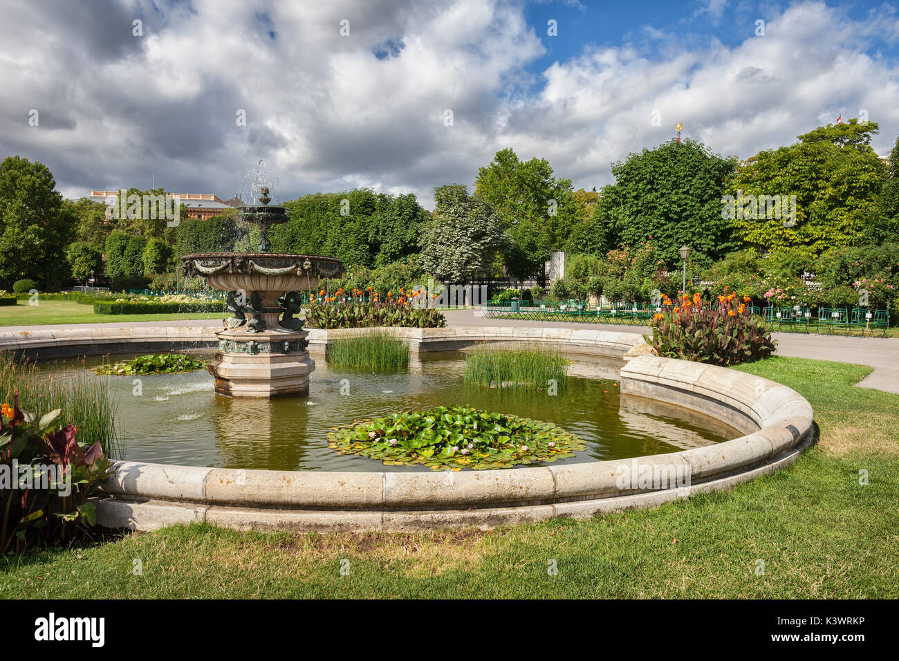 Volksgarten hofburg vienna austria stock photos for Garden centre pool in wharfedale