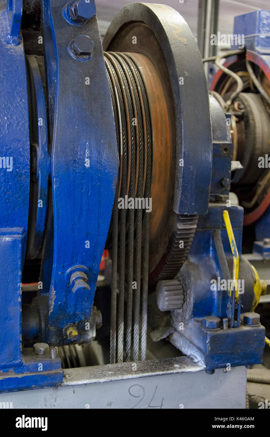 Lift motor stock photos lift motor stock images alamy for Boat lift motors near me