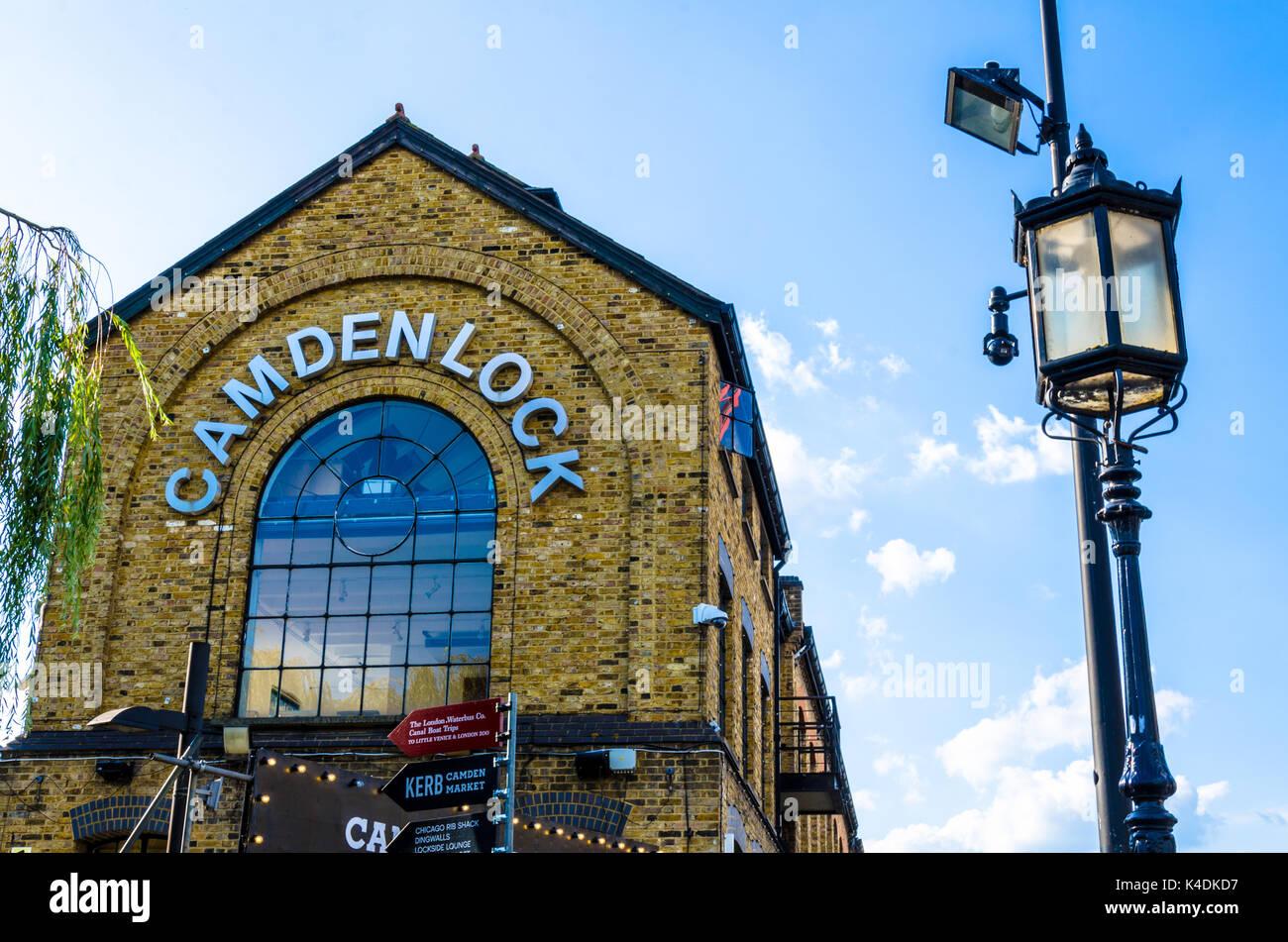 camden-lock-is-part-of-camden-market-in-london-uk-K4DKD7.jpg