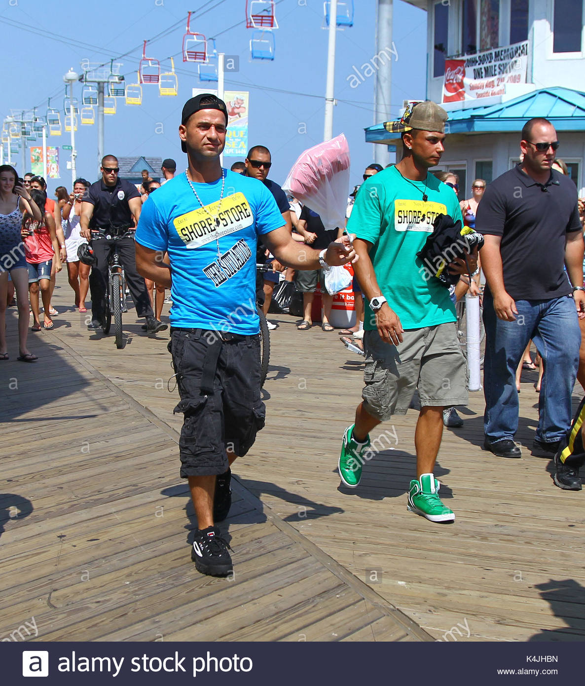 seaside heights single guys Fights break out in seaside park after social media post brought thousands to borough for beach party  seaside heights home jersey shore news seaside heights.