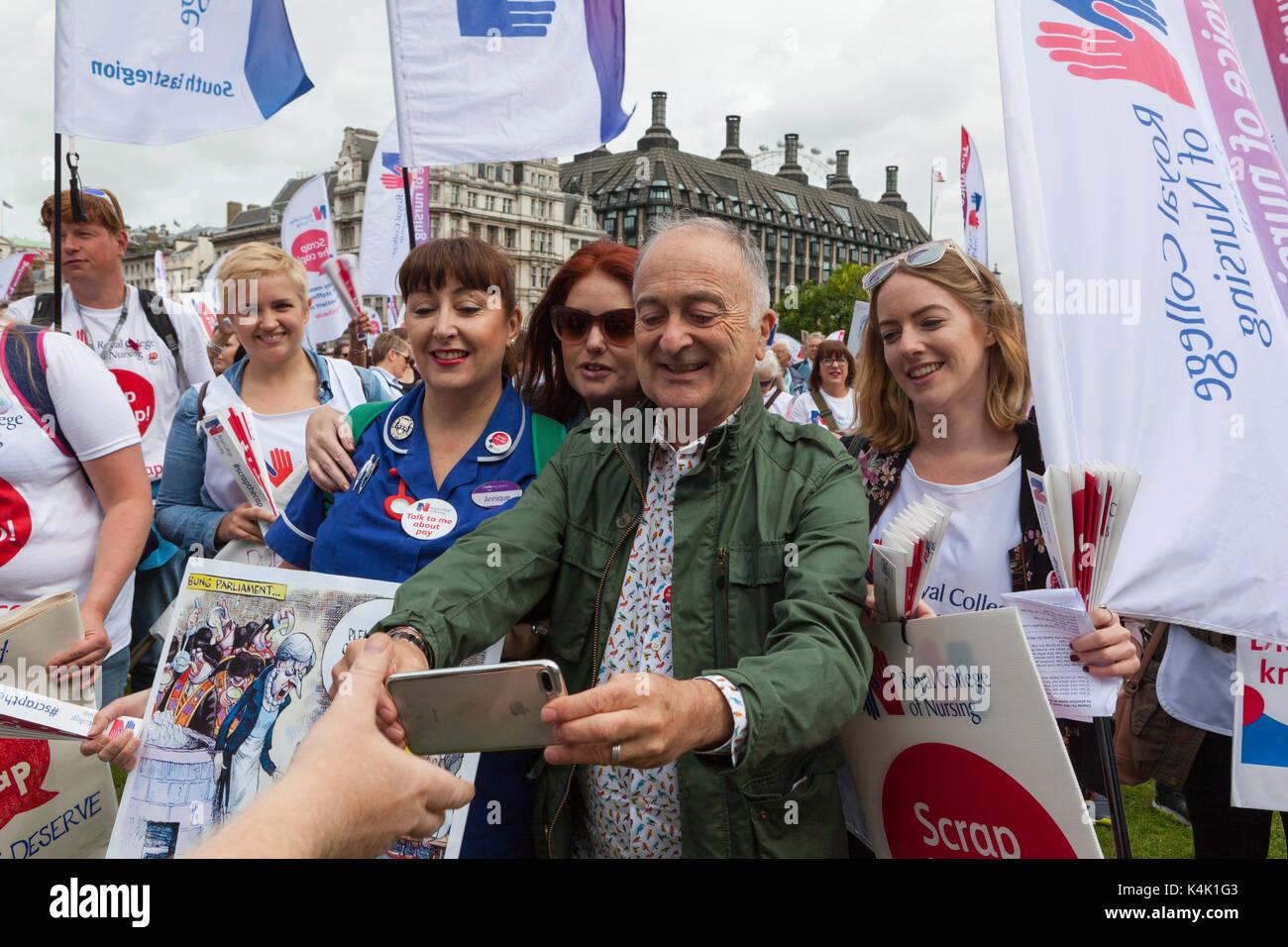 RCN Scrap the Cap Rally: Parliament Square, London UK. 6th September, 2017.  RCN (Royal Collage of Nursing) members - Stock Image