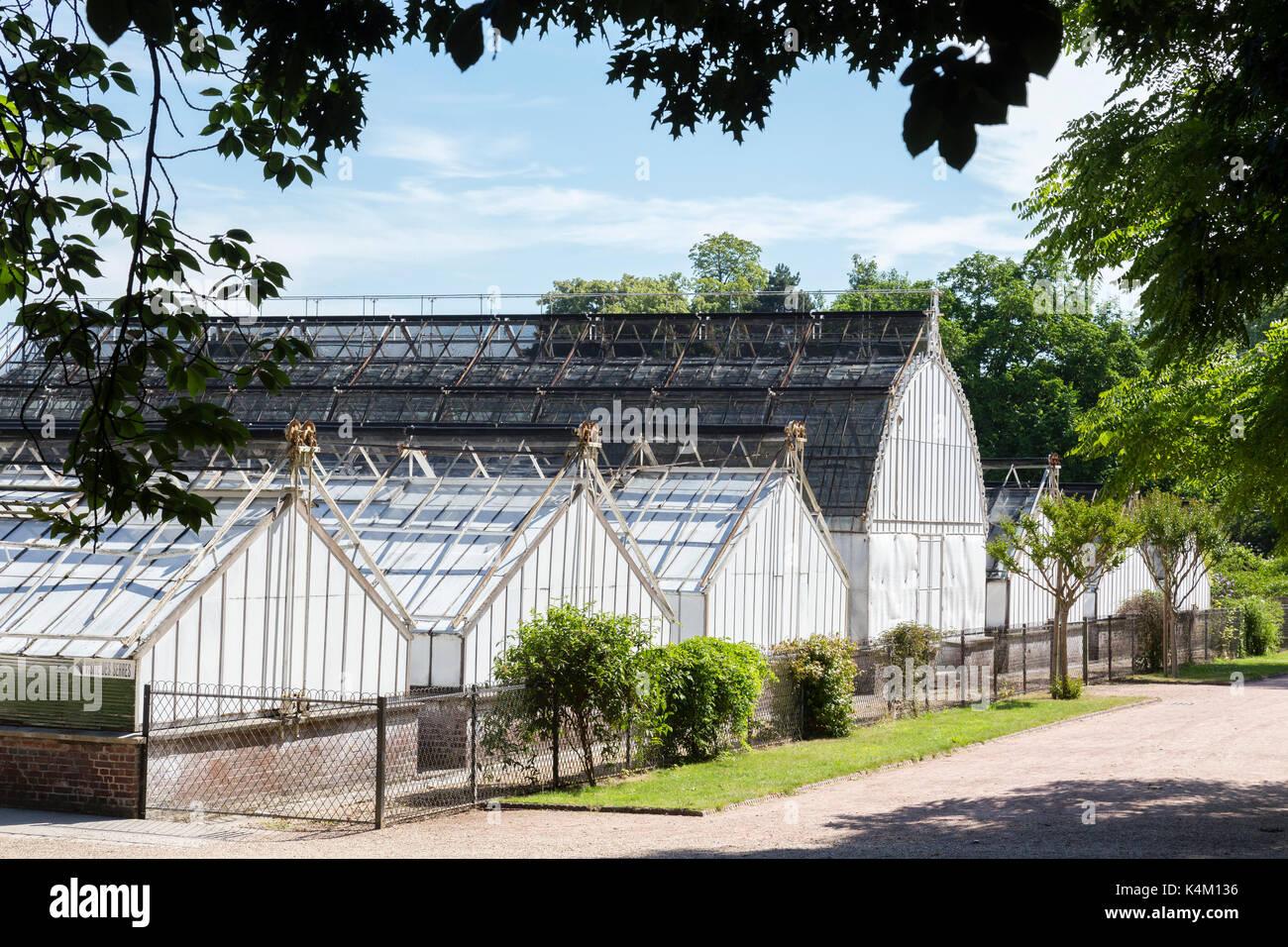 Serres stock photos serres stock images alamy for Le jardin des plantes