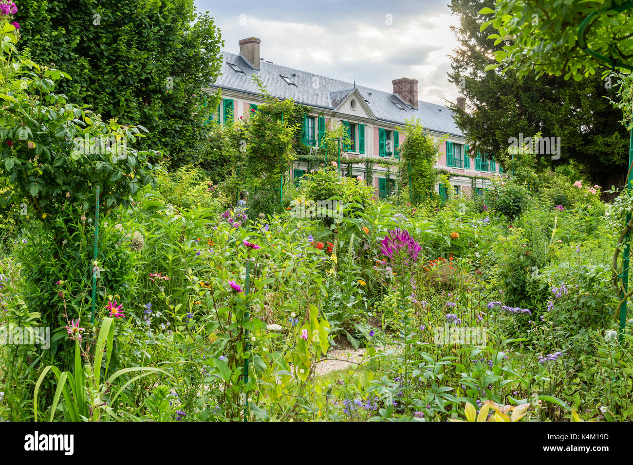 Monet garden giverny stock photos monet garden giverny for Jardin france