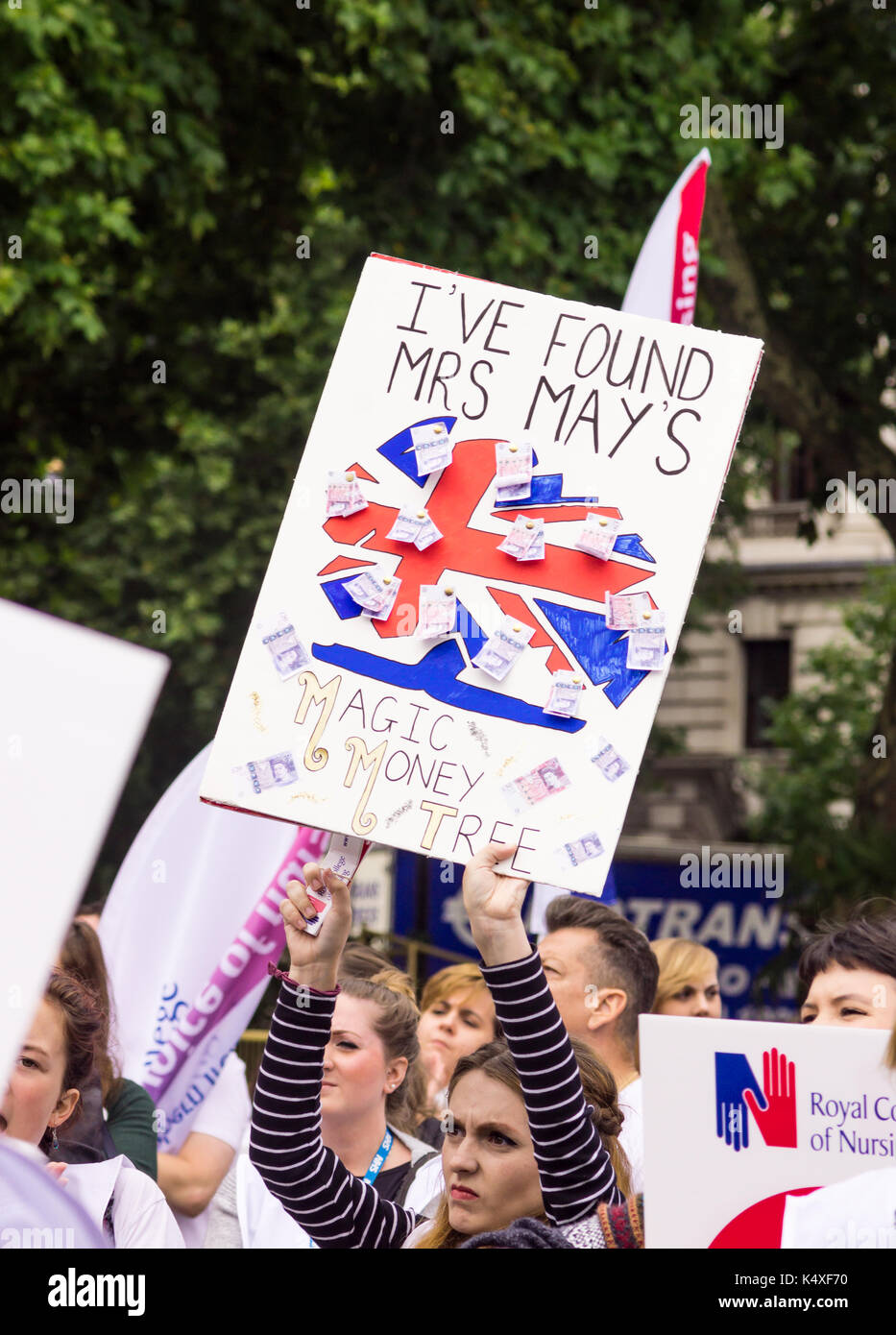 London, UK. 6th Sep, 2017. #scrapthecap nurses rally in London Bridget Catterall Alamy Live News - Stock Image