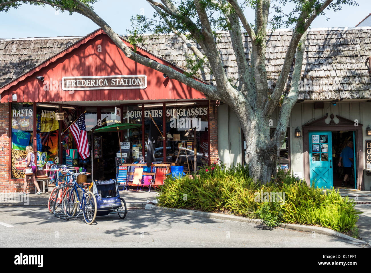 St. Saint Simons Island Georgia Pier Village District shopping store Frederica Station exterior bicycle - Stock Image