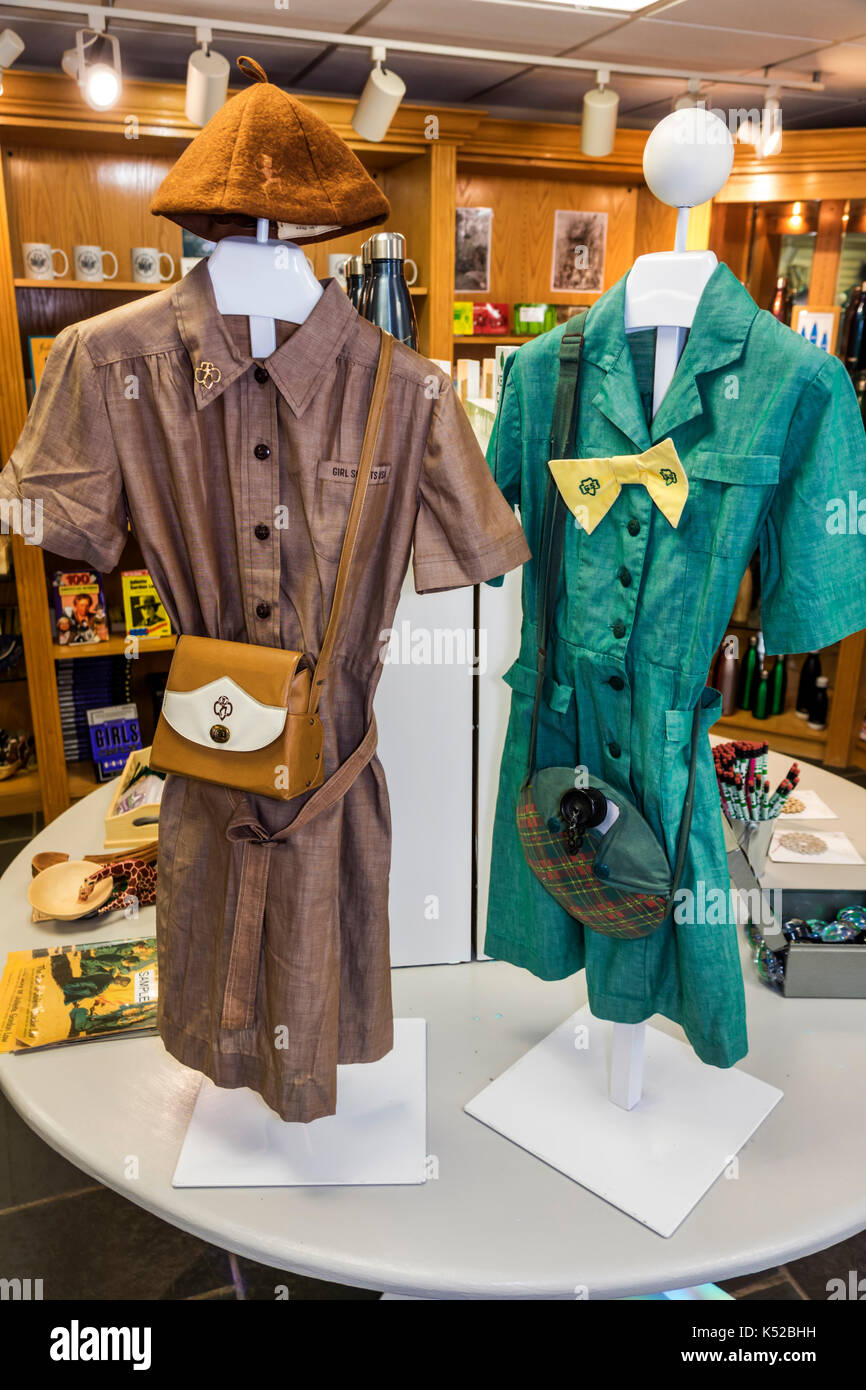 Savannah Georgia Juliette Gordon Low Historic District birthplace house museum Girl Scouts uniforms gift shop shopping - Stock Image