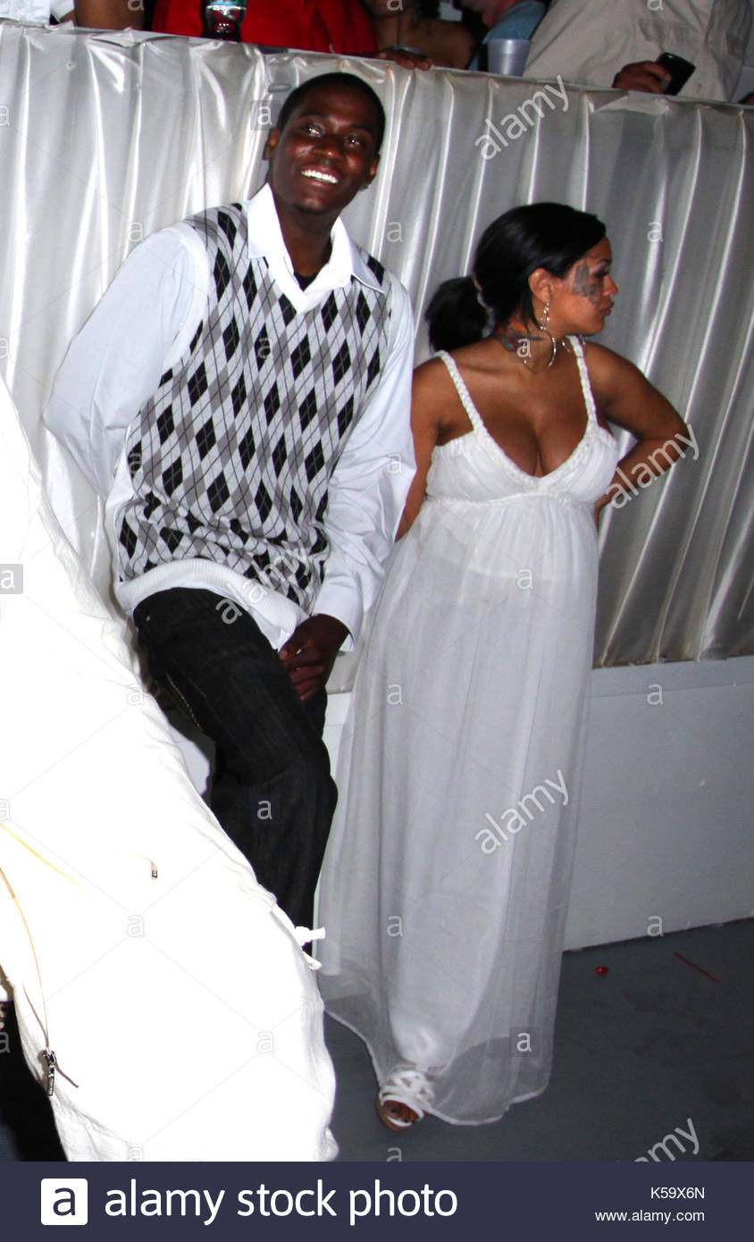 Is Unique From For The Love Of Ray J Pregnant 116