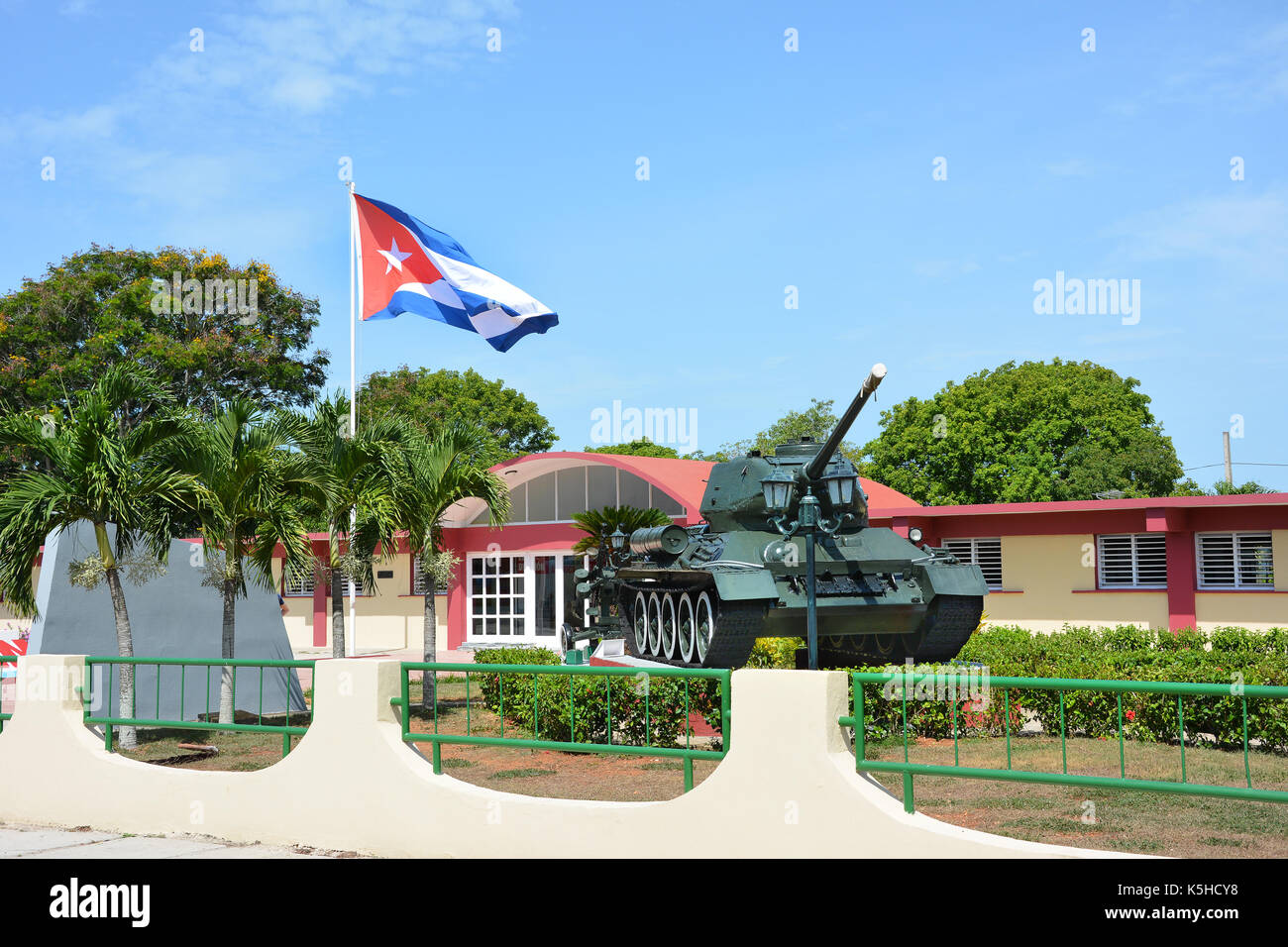 the story of the failed invasion of cuba at the bay of pigs The diplomatic fallout from the failed bay of pigs invasion was considerable and led to an increase of cold war tensions background since the cuban revolution of 1959, fidel castro had grown increasingly antagonistic towards the united states and their interests.