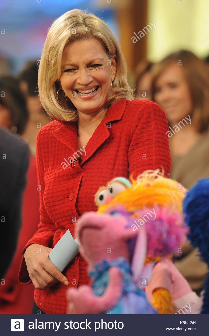 Good Morning America Diane Sawyer : Sesame street tv stock photos