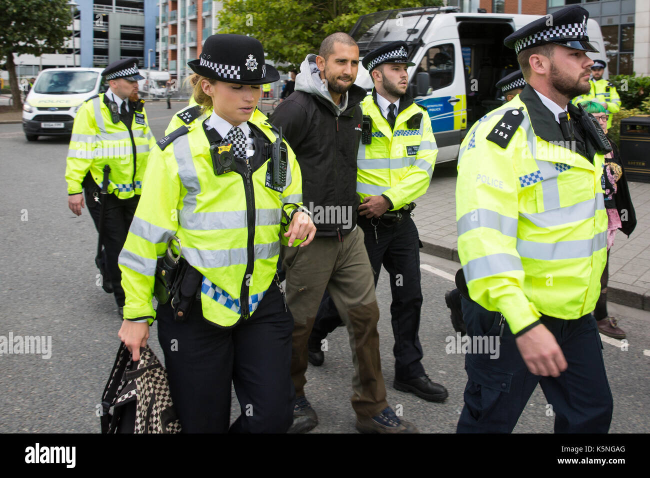 British Police Weapons Stock Photos & British Police ...