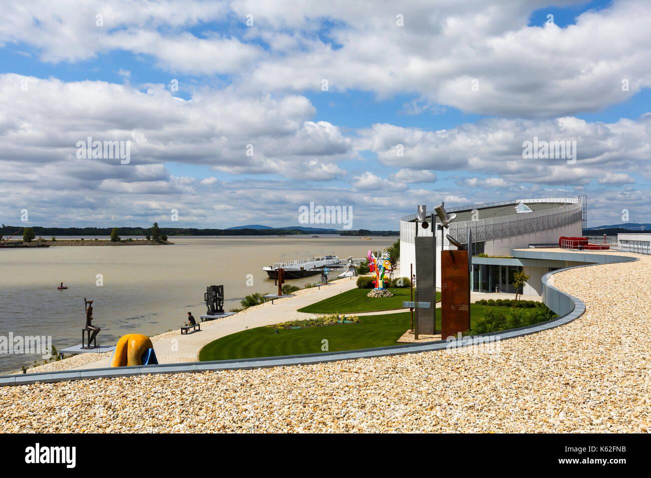 Outdoor exhibition spaces of Danubiana modern art gallery in Bratislava, Slovakia. - Stock Image