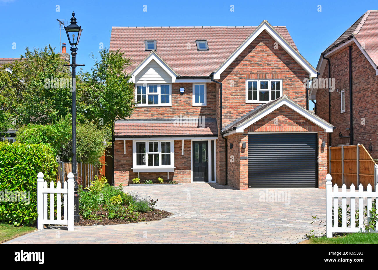 Detached houses uk stock photos detached houses uk stock for 5 bedroom new build homes