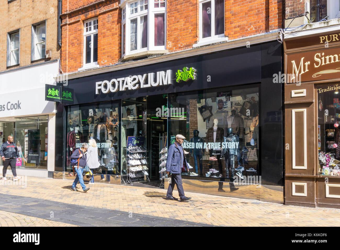High street clothing stores uk