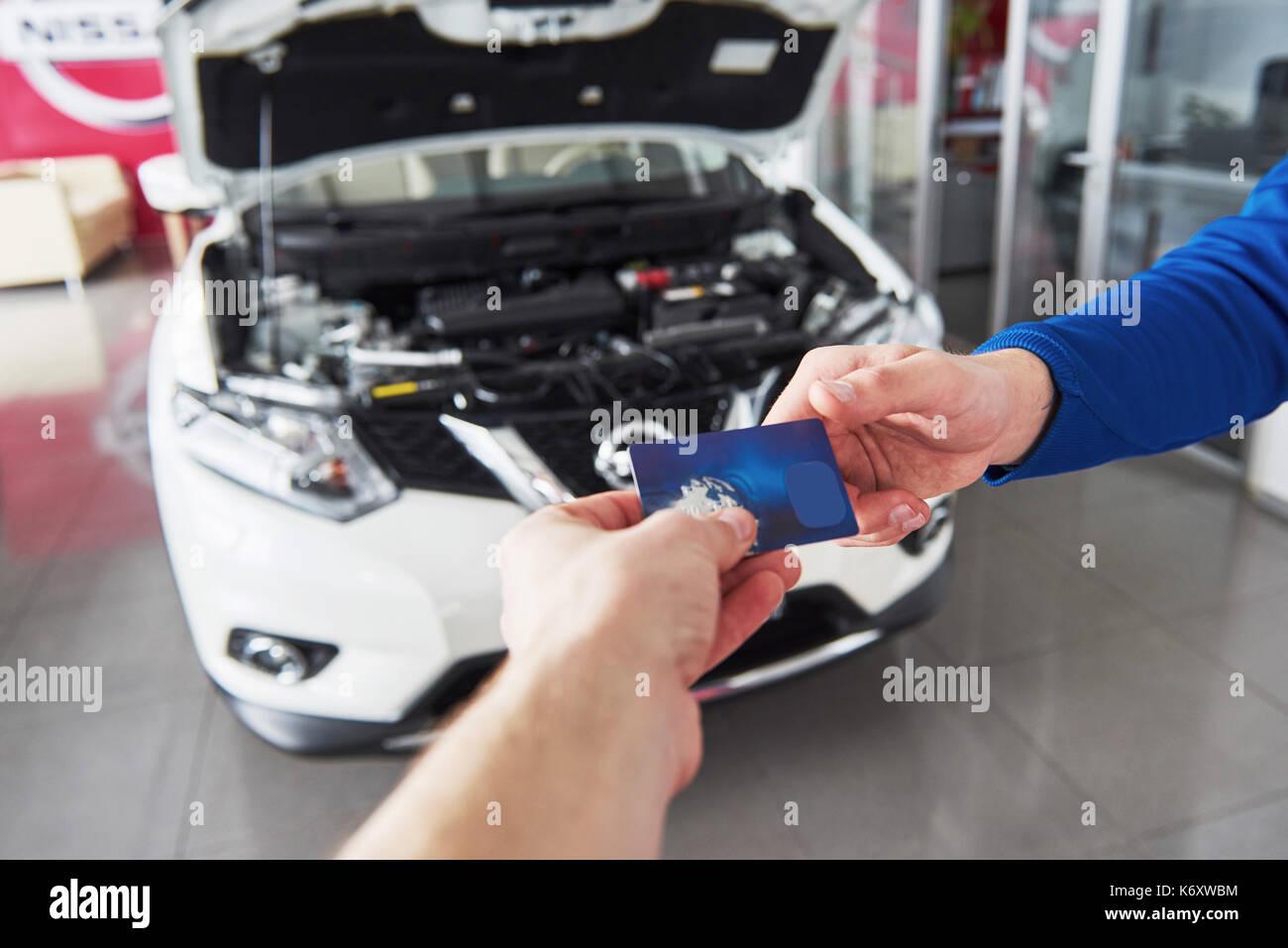 Diy car garage stock photos diy car garage stock images for Credit garage auto