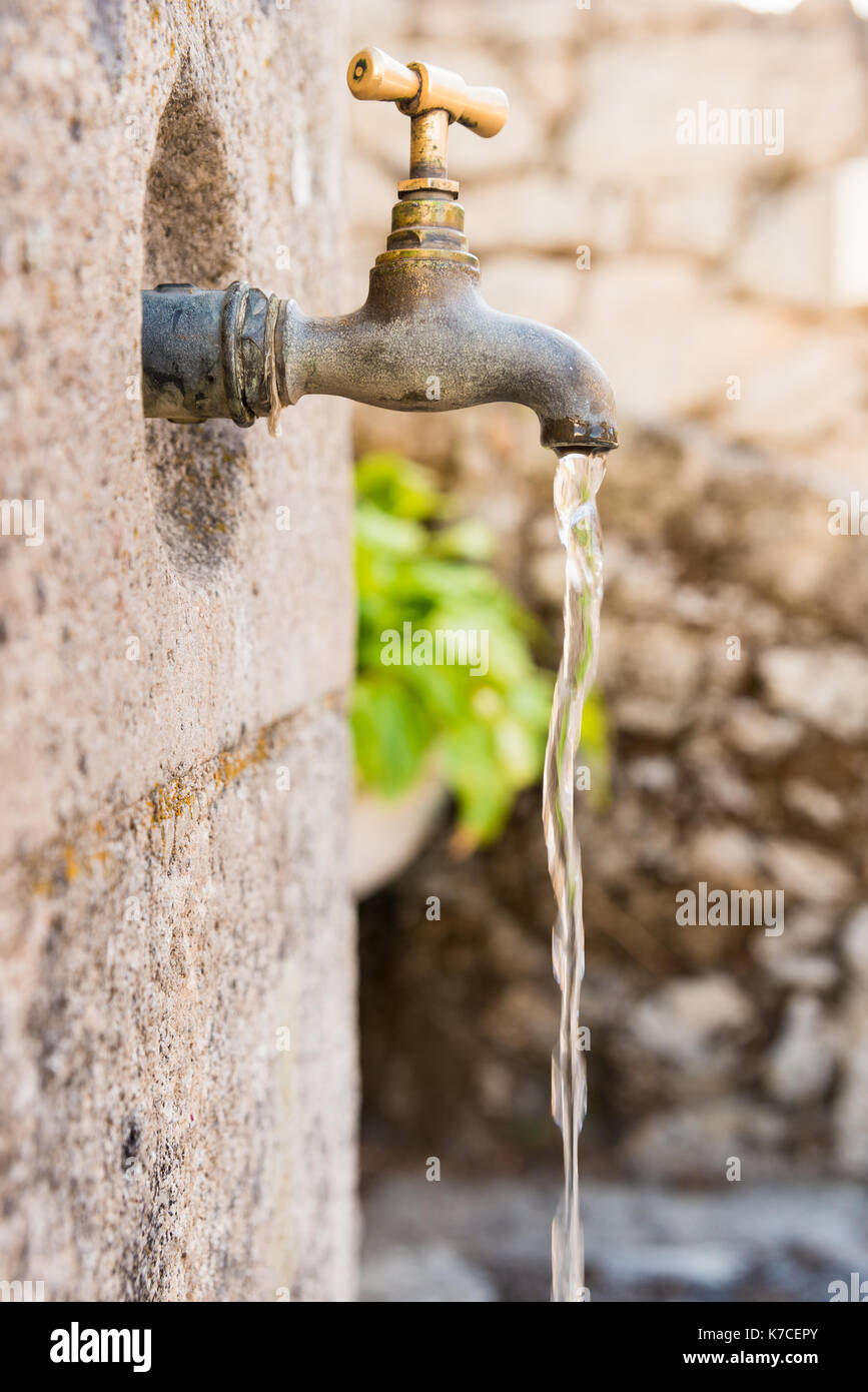 Vintage Outdoor Water Faucet Stock Photos Amp Vintage