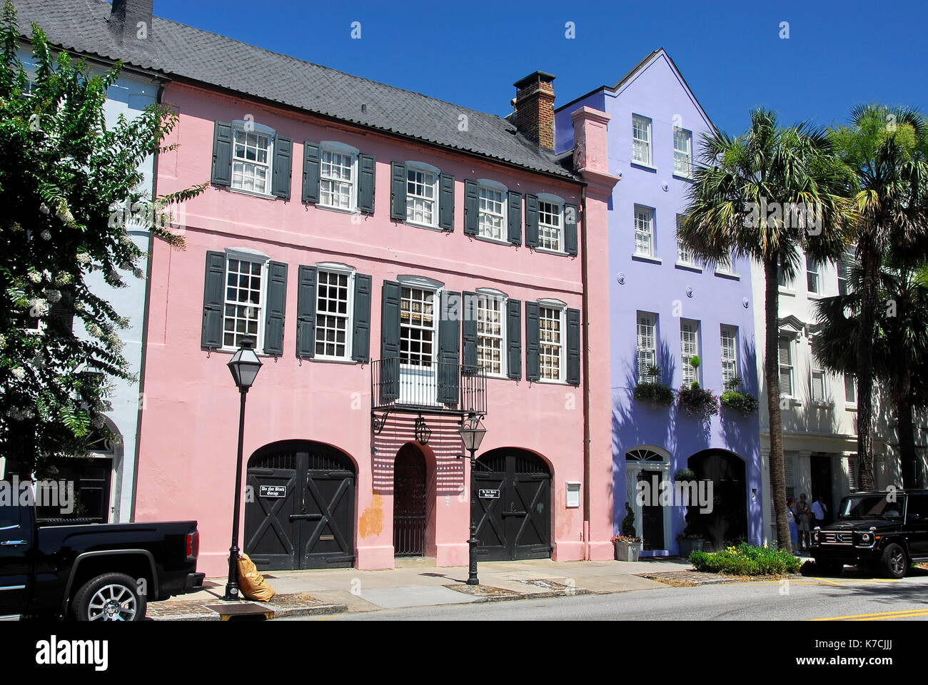 Rainbow row charleston stock photos rainbow row for Charleston row houses