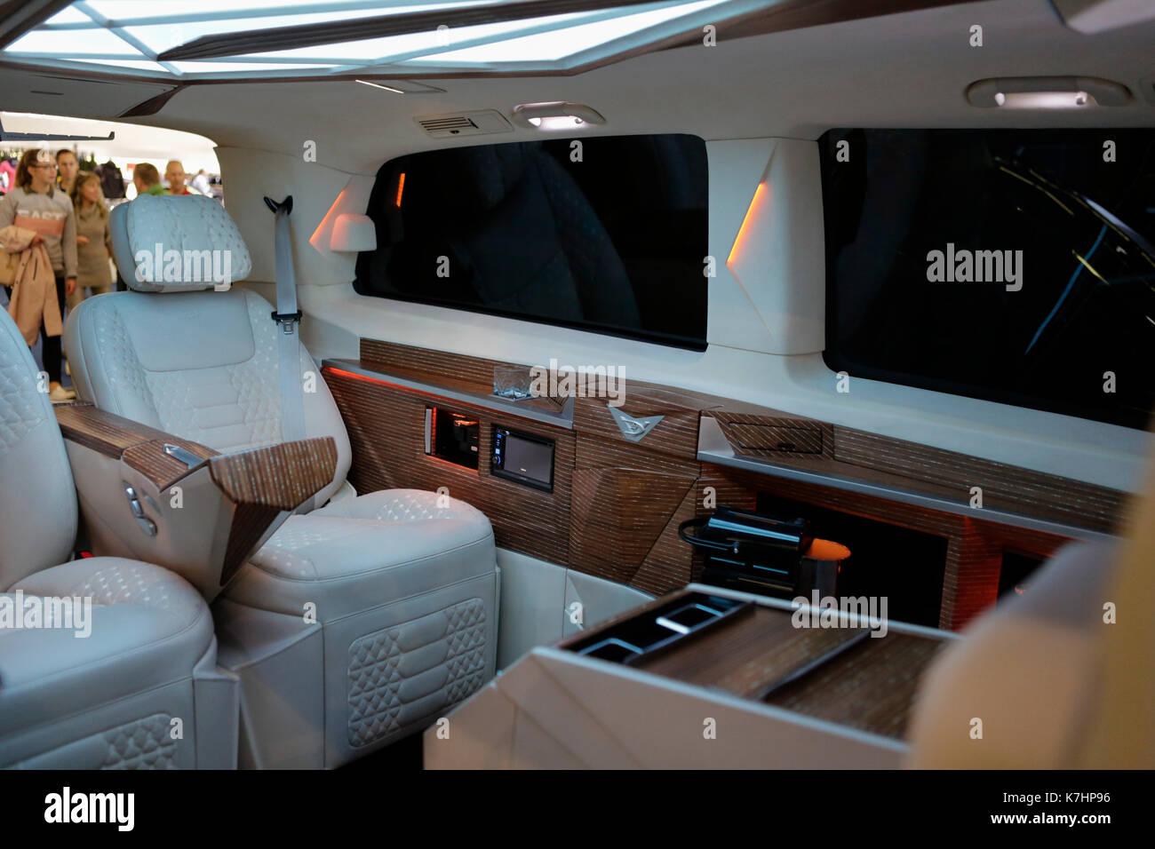 Mercedes Marco Polo 2008 >> V Class Mercedes Stock Photos & V Class Mercedes Stock Images - Alamy
