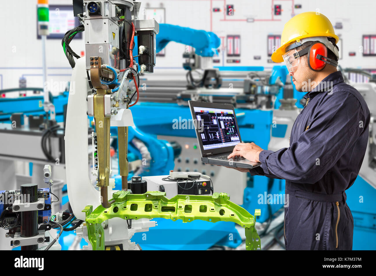 Sterling Heights Chrysler >> Robotic Car Manufacturing Stock Photos & Robotic Car Manufacturing Stock Images - Alamy