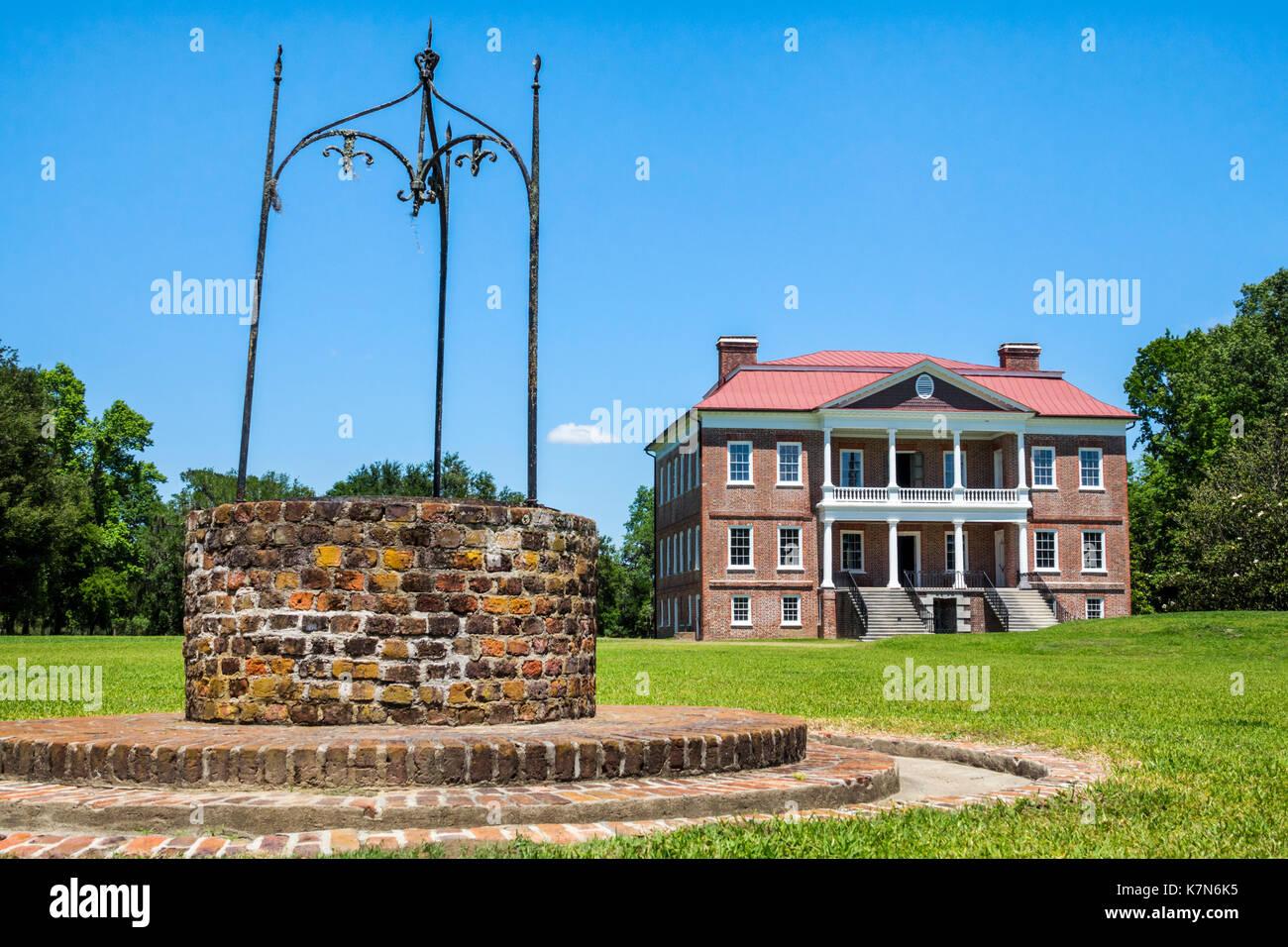 Charleston South Carolina SC Drayton Hall historic plantation preservation Palladian architecture brick water well - Stock Image
