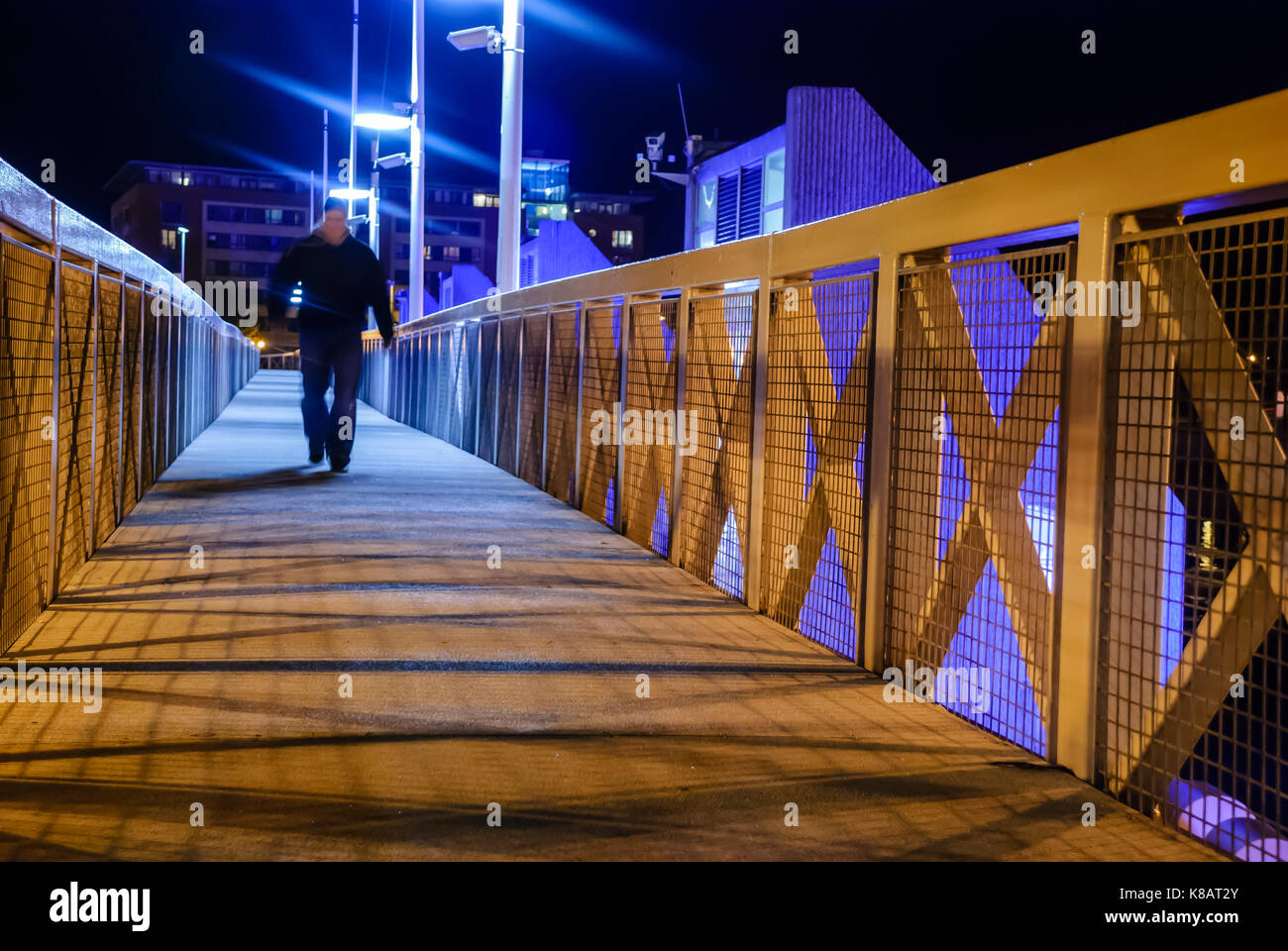 Dark Streets Night Uk Stock Photos & Dark Streets Night Uk ...