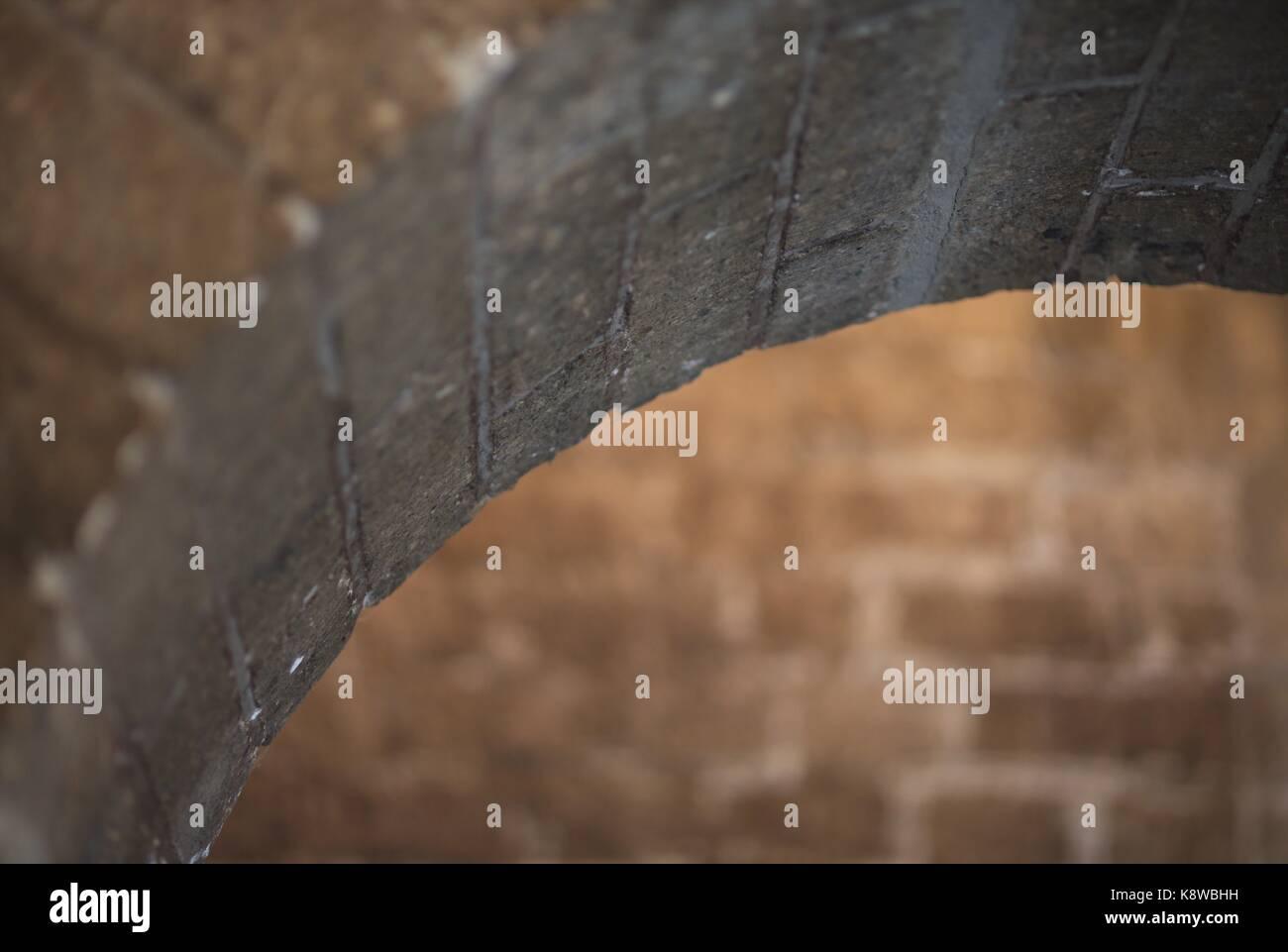sand-stone-arc-inside-extreme-shallow-de