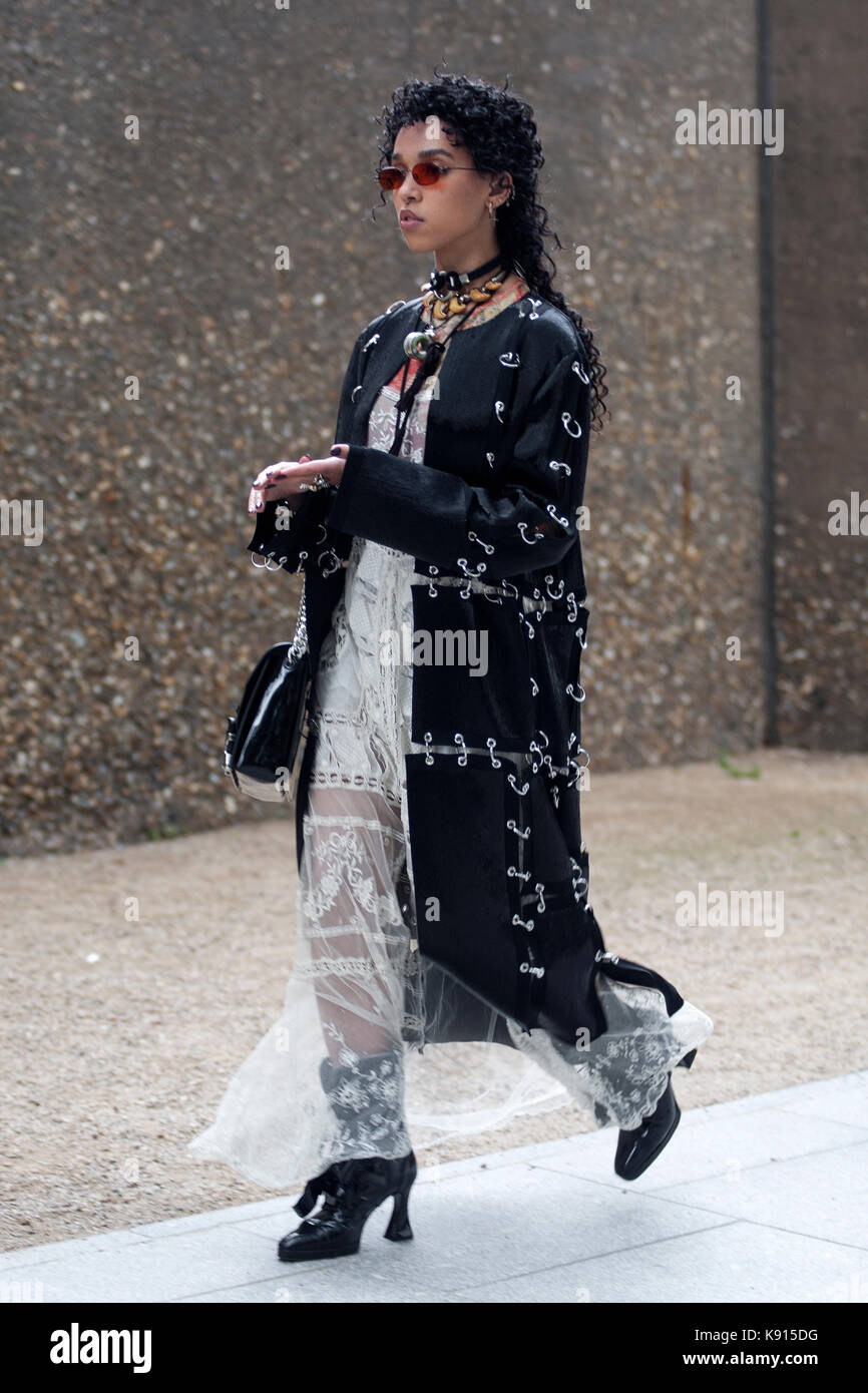 Street Style From Day Four Of London Fashion Week Spring Summer Stock Photo 160451468 Alamy