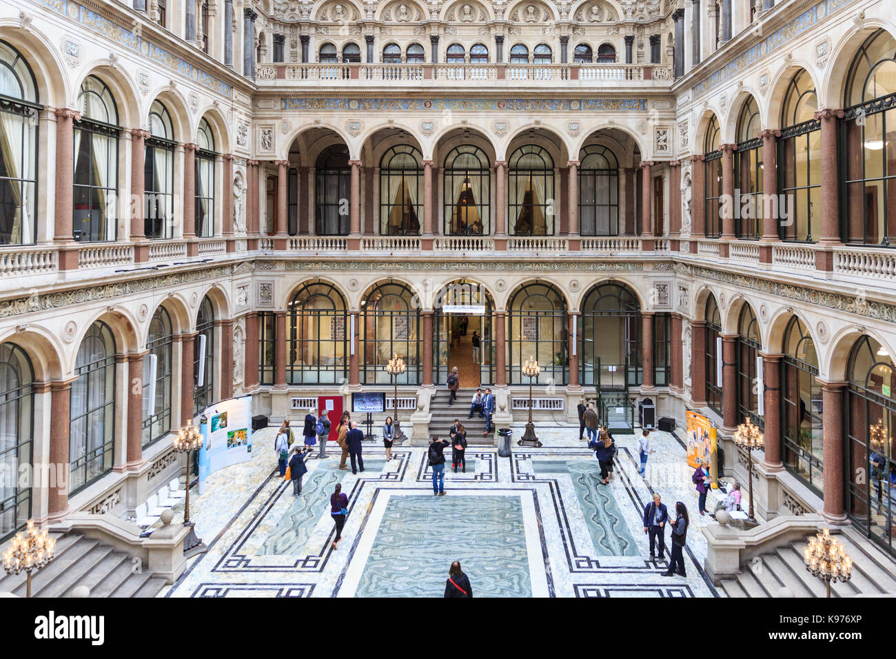 Uk court interior stock photos uk court interior stock images alamy - British foreign commonwealth office ...