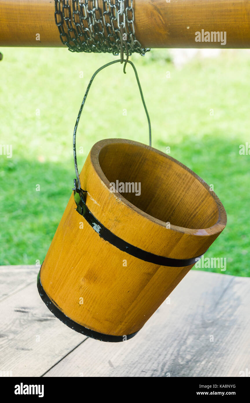 Bucket pulley stock photos bucket pulley stock images for Ka che vintage look