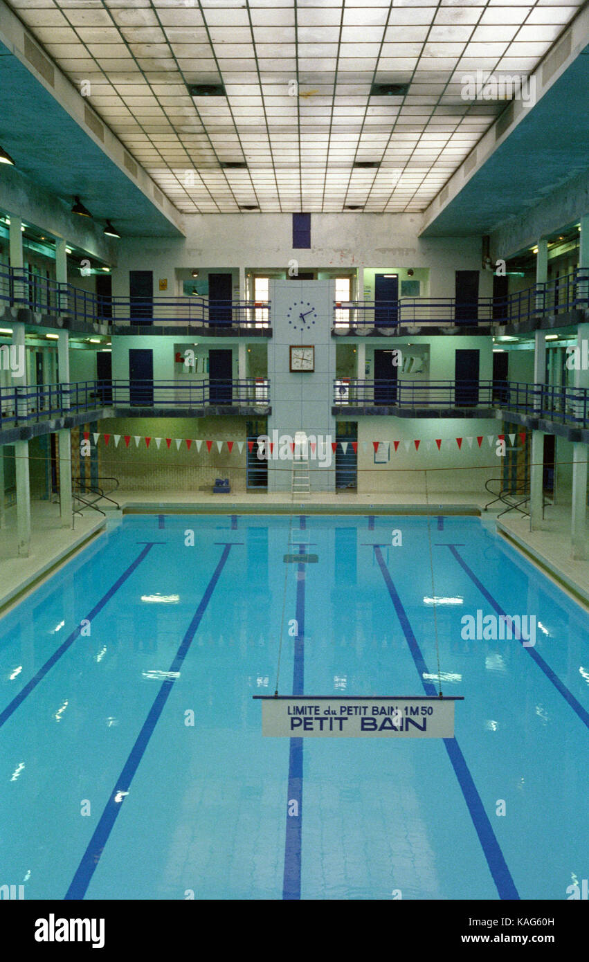 French art stock photos french art stock images alamy for Piscine leclerc
