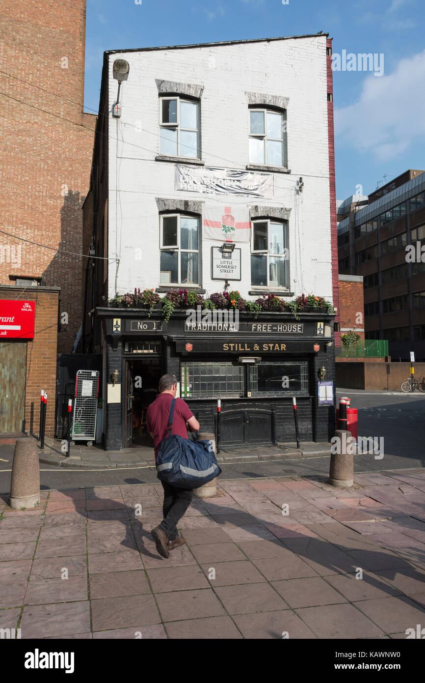 The Still and Star public house on Little Somerset Street in London's East End has been saved from demolition - Stock Image