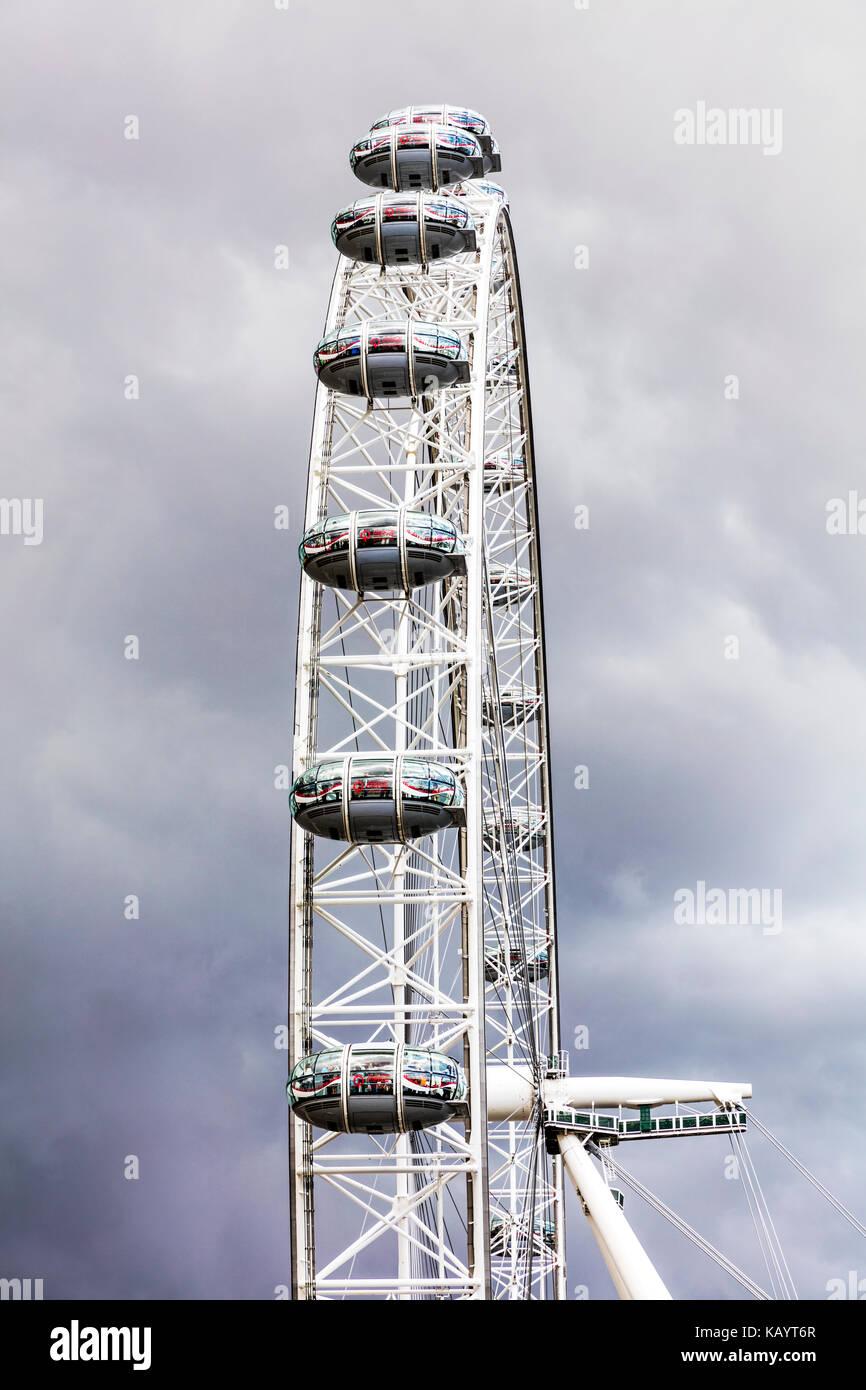London Eye Capsule Stock Photos & London Eye Capsule Stock