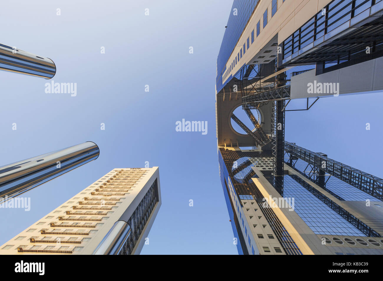 how to get to umeda sky building from umeda station