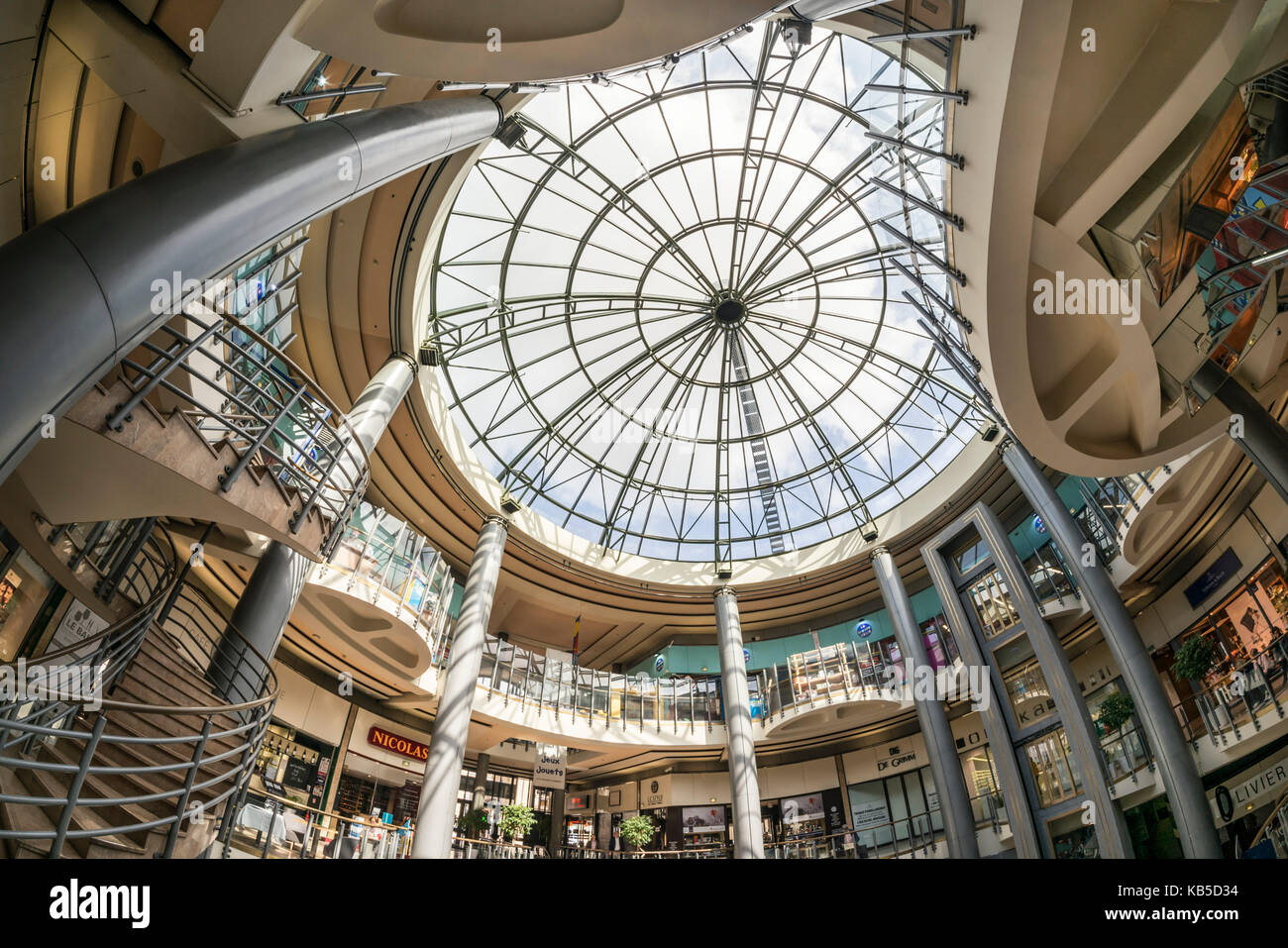 Grand Hommes, shopping center, interieur, Bordeaux, France - Stock Image