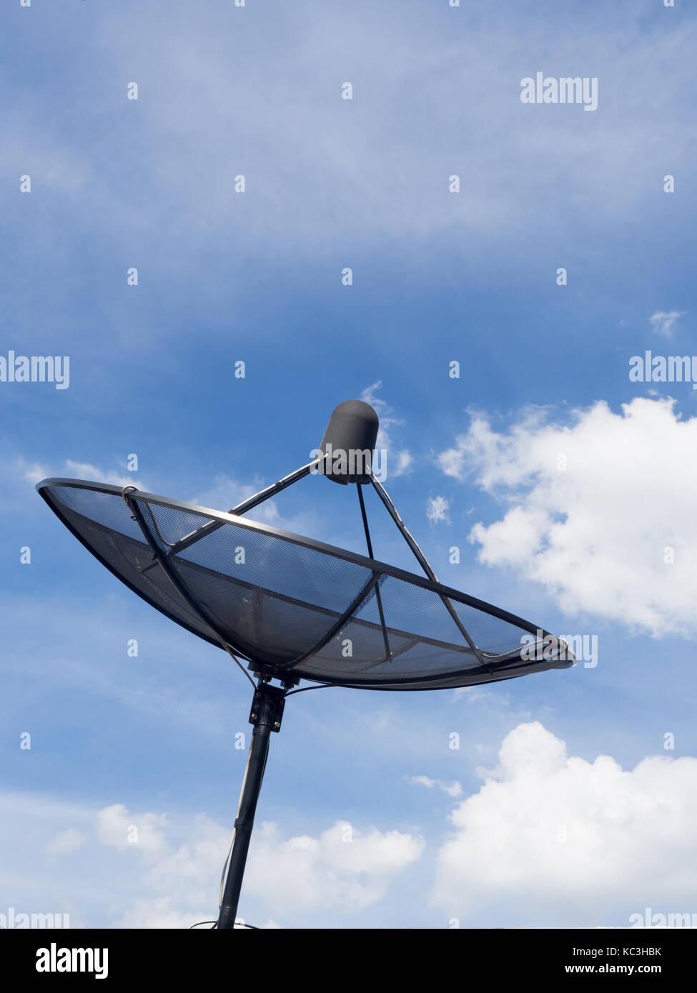 Cable tv antennas stock photos cable tv antennas stock - Cable antena satelite ...