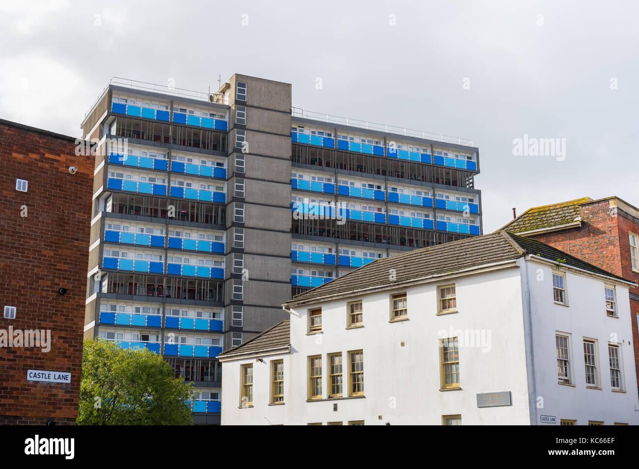 Contrasting architecture along Castle Lane, Southampton, England, UK - Stock Image