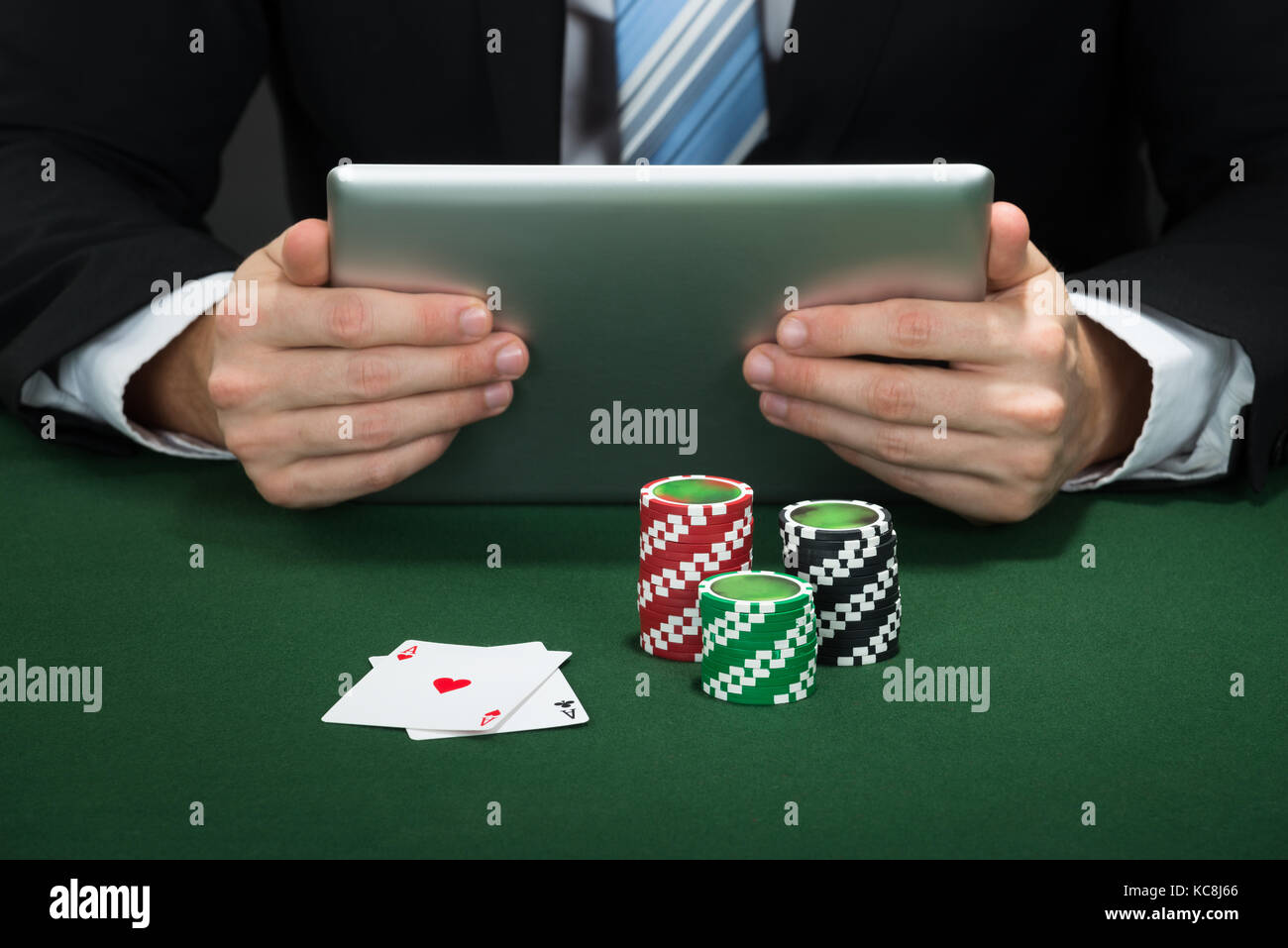 Surface rt poker