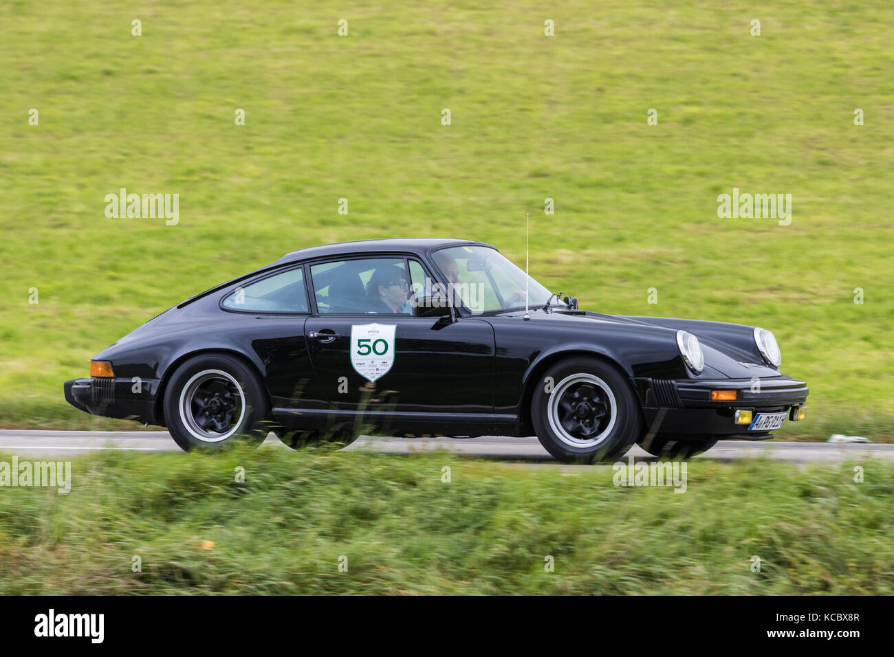 historic porsche 911 stock photos historic porsche 911 stock images alamy. Black Bedroom Furniture Sets. Home Design Ideas