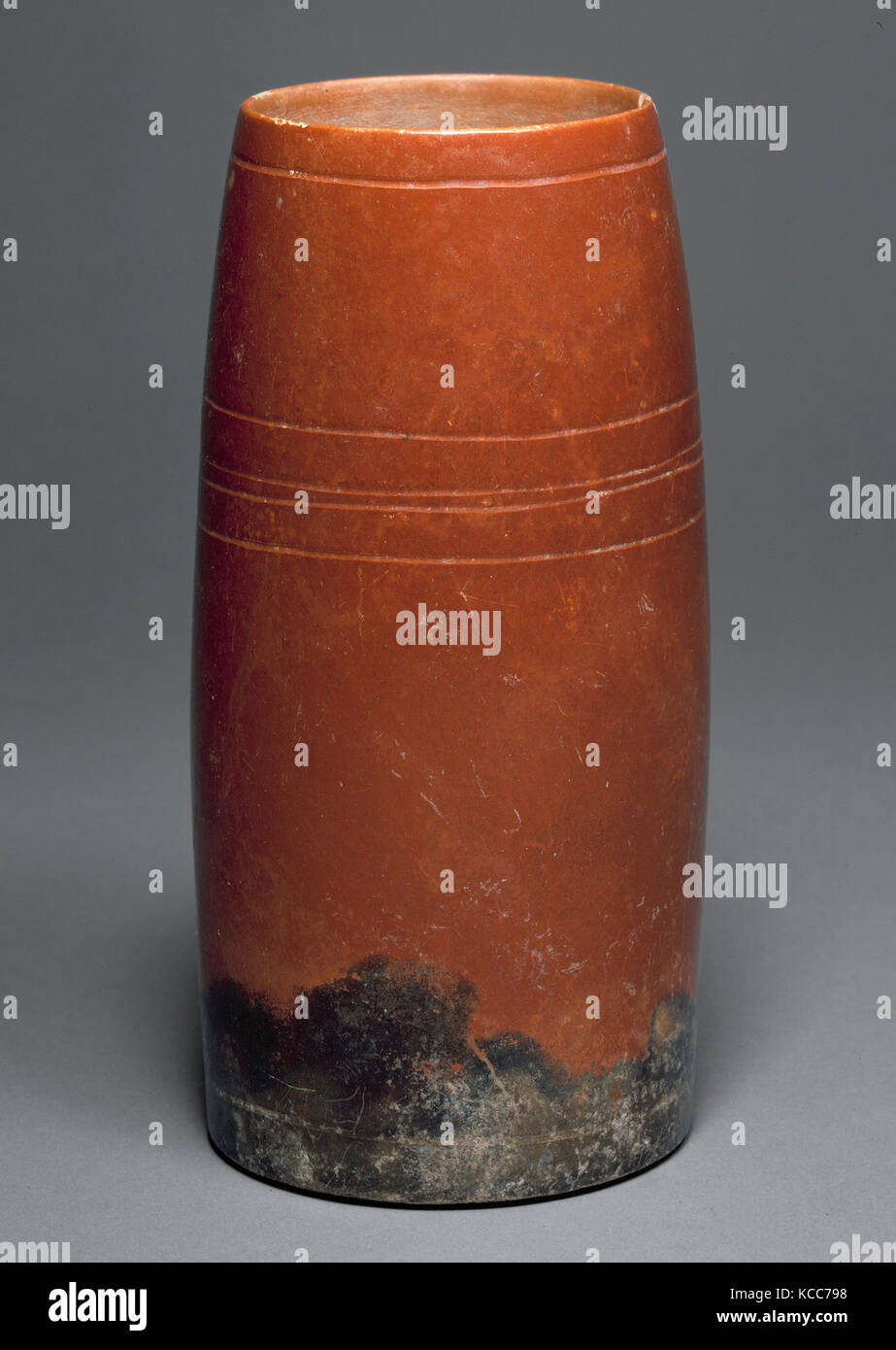 Cylindrical Vessel, 1st–2nd century, Guatemala, Mesoamerica, Maya, Ceramic, H. 7 7/8 in. (20 cm), Ceramics-Containers - Stock Image