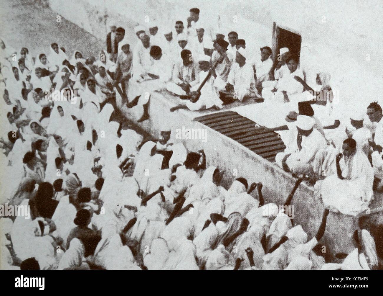 Short essay on the Dandi March (Yatra) led by Mahatma Gandhi