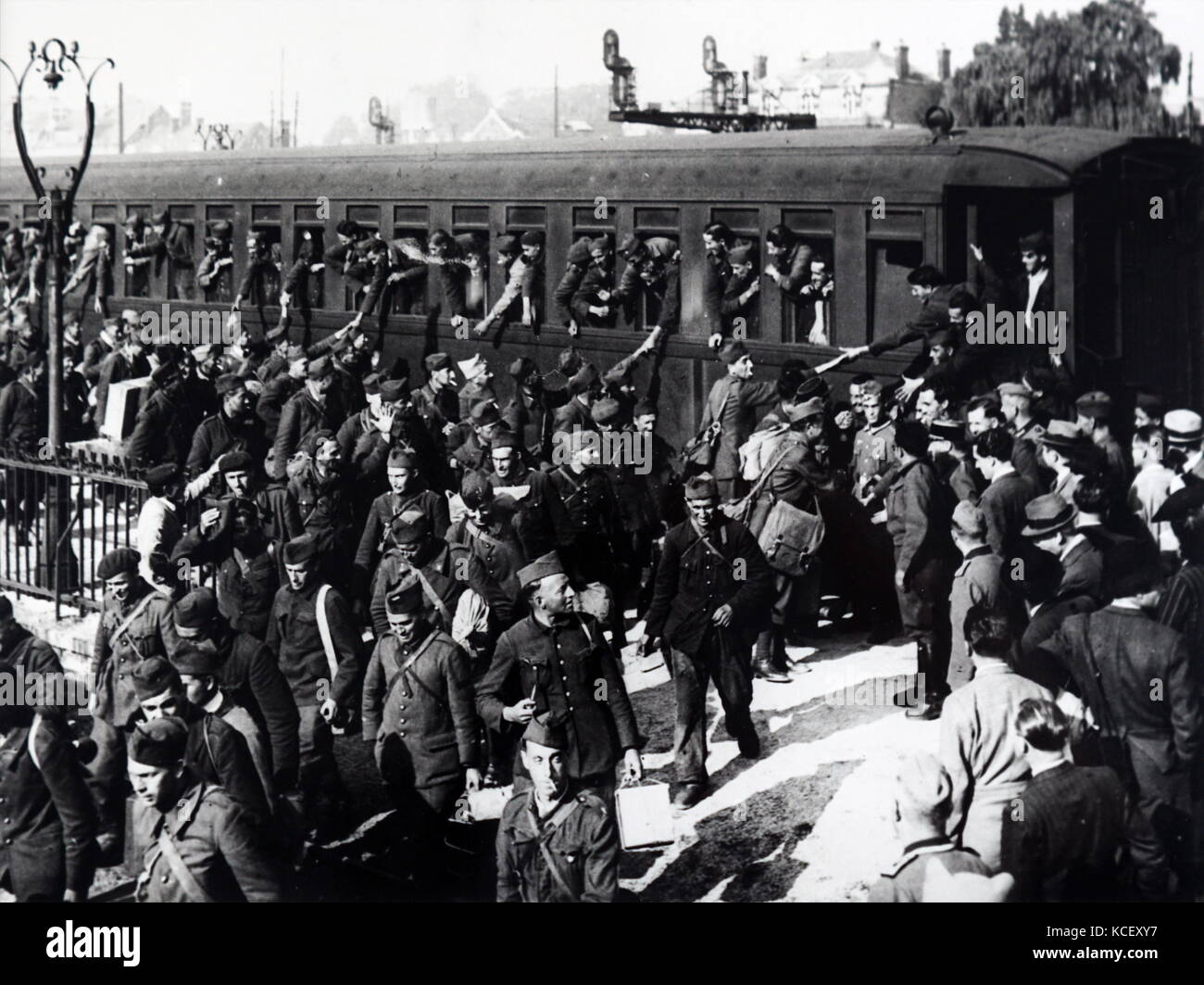 Photograph of World War Two French prisoners of war released under German occupation in France - Stock Image