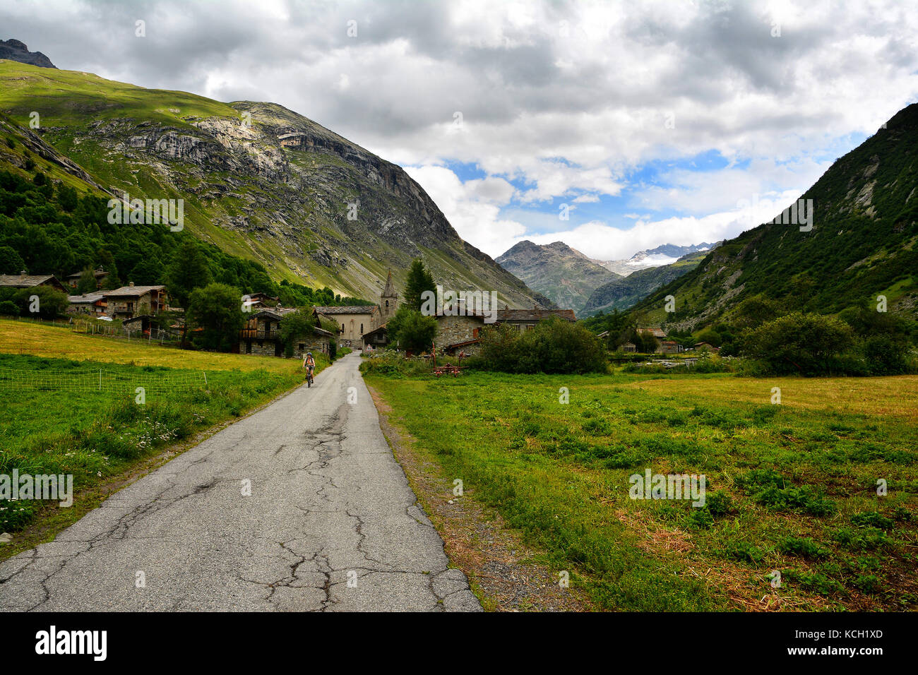 Bessans stock photos bessans stock images alamy for Alpes archi