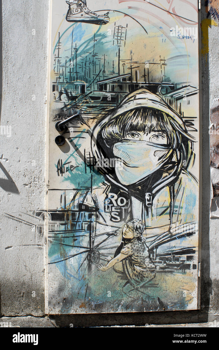 Alice Pasquini (born in Rome in 1980) is an Italian street artist, scenographer and illustrator. Alice Pasquini - Stock Image