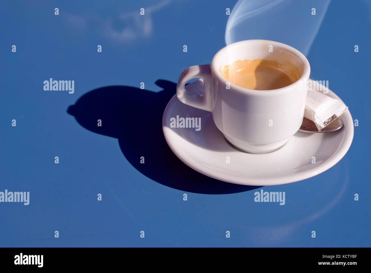 hot-italian-coffee-on-a-blue-table-KCTYB